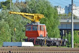 Train-crane-railcar